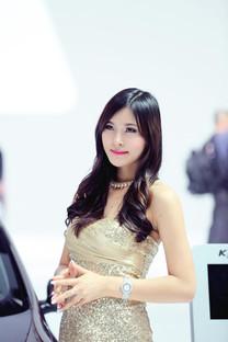 2013年广州车展性感美女车模精选手机壁纸